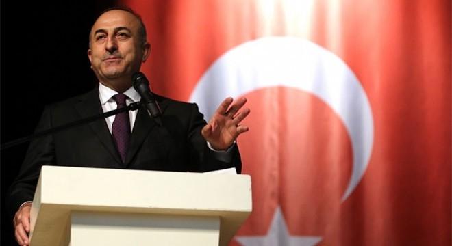 """Dışişleri Bakanı Mevlüt Çavuşoğlu, """"Seçim öncesi her türlü yasa dışı, hukuksuz ve saldırgan mesajları vermeye devam eden Netanyahu'nun seçim vaadi ırkçı bir Apartheid devleti. Filistinli kardeşlerimizin hak ve hukukunu sonuna kadar savunacağız"""" dedi."""
