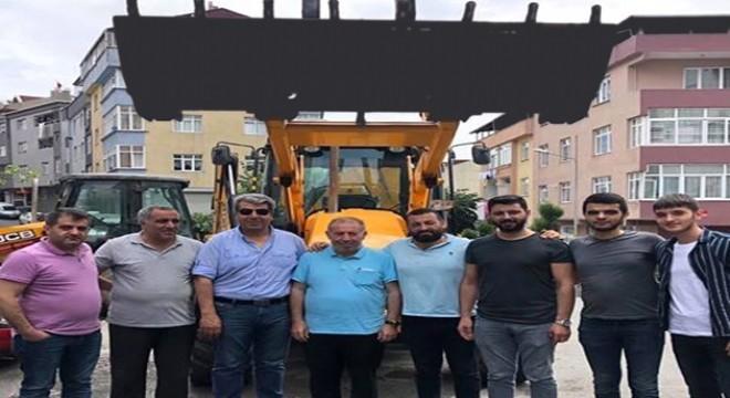 İstanbul Eyüp Sultan İlçesinde yaşayan Pasinlerli dadaşlar Pasinler Belediyesi Başkanlığı ile karşılıklı görüşmeler sonucunda Pasinler Belediyesinin daha iyi hizmet verebilmesi adına bir adet JCB marka iş makinesini belediyeye hediye ettiklerini açıkladılar.