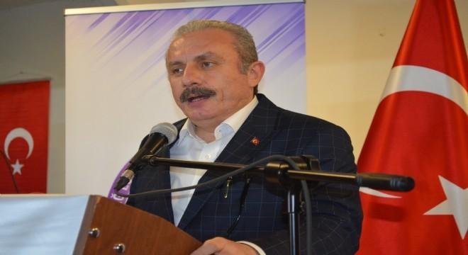 BMM Başkanı Mustafa Şentop, milli meselelerde Meclisteki tüm siyasi partilerin birlikte hareket edebilmesinin önemli olduğunu vurgulayarak,