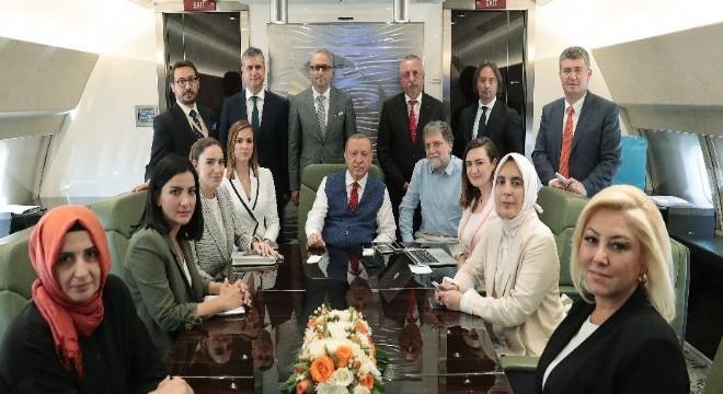 Cumhurbaşkanı Erdoğan, 'Bizim dava arkadaşlığımızda bir şey var. Dava terk edilmez. Burada sonuna kadar hizmet söz konusudur. ' dedi