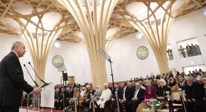 """""""İslami terör yaftasını kabul etmeyiz"""