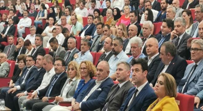 """Terör örgütü FET֒nün iç yüzünü ve yapılanmasını konu alan """"The Network"""" isimli belgesel film, Kuzey Makedonya'nın başkenti Üsküp'te gösterildi."""