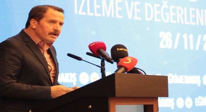 """Yalçın, """"Türkiye'nin okul öncesi eğitimde okullaşma oranını yükseltmesi için okul öncesine ayırdığı bütçeyi artırması gerekmektedir. Sosyo-ekonomik olarak dezavantajlı çocukların okul öncesi eğitime erişmesi ücretsiz olmalıdır"""" dedi."""