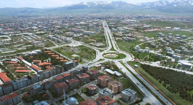 TÜİK 2019 Mayıs dönemi Erzurum konut satış istatistiklerini paylaştı. İlde Mayıs ayında 389, yılın ilk beş ayında ise 2 bin 603 konut satışı gerçekleşti. 5 aylık ölçekte satılan konut sayısı 2018 yılının aynı dönemine göre yüzde 10,79 oranında düşüş gösterdi.