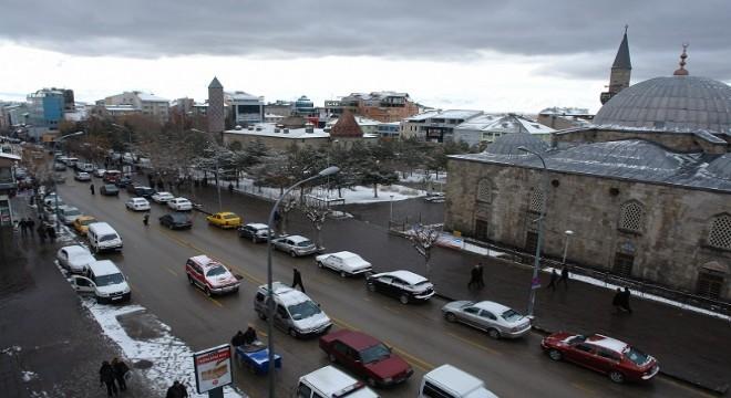 Erzurum'da Nisan 2019 döneminde trafiğe kayıtlı motorlu kara taşıtı sayısı bir önceki yılın aynı dönemine göre yüzde 1.44 oranında artış kaydetti.