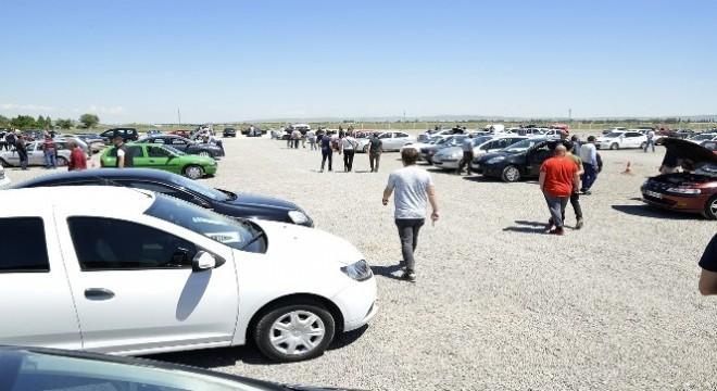 Erzurum'da Mayıs 2019 döneminde 3 bin 457 motorlu kara taşıtı el değiştirdi.