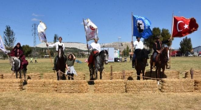 Erzurumlu Atlı Okçular Türkiye Şampiyonasında yarıştı