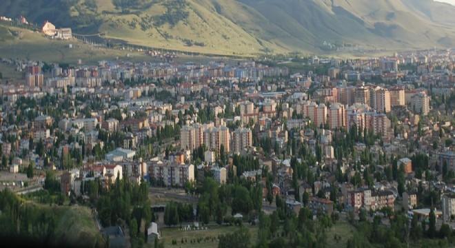 Erzurum Mayıs ayı vergi tahsilat oranı yüzde 45.35'e ulaştı. İl, KUDAKA İstatistik bölgesi ve Doğu Anadolu illeri ortalamalarını geçti. Bölgede vergi tahsilatının tahakkuka oranı sıralamasında 7'inci sırayı alan Erzurum, Türkiye illeri sıralamasında 25'inci oldu.