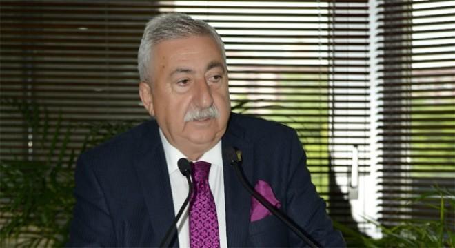 TESK Genel Başkanı Bendevi Palandöken, son zamanlarda artan yabancı tabela konusunda tavsiyelerde bulundu. TESK Genel Başkanı Palandöken,