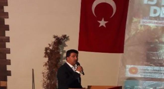 15 Temmuz hain darbe girişiminin 3. yıl dönümünde tüm yurtta olduğu gibi Erzurum'un Tekman ilçesinde de 15 Temmuz Şehitleri Anma, Demokrasi ve Milli Birlik Günü etkinlikleri gerçekleşti.
